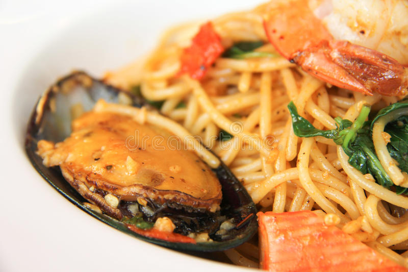 Mariscos de los espaguetis fotografía de archivo