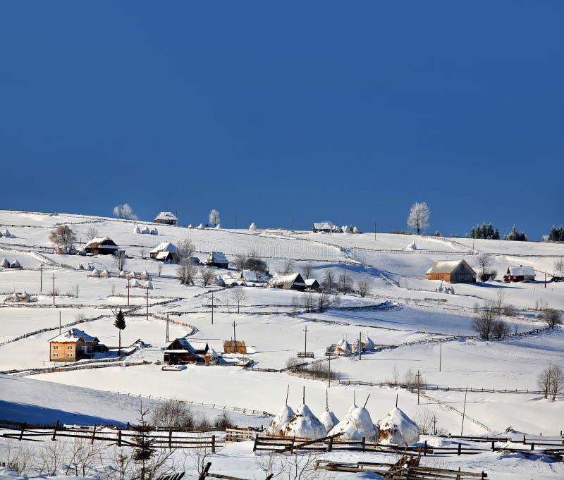 Marisel wioska, zima, Cluj okręg administracyjny, Rumunia obraz stock
