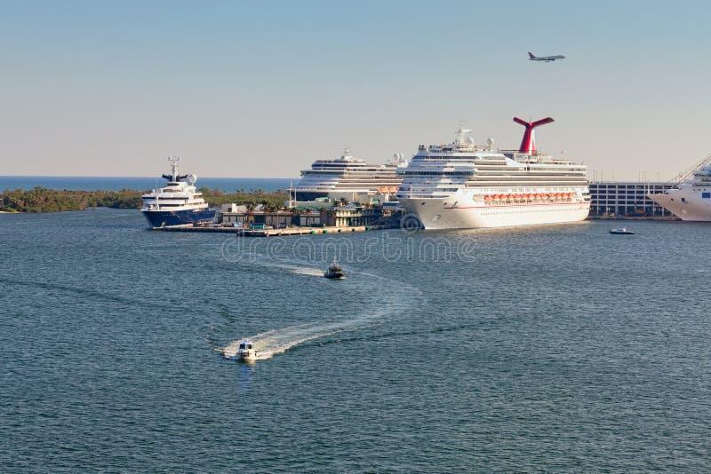 Marismas portuarios en Fort Lauderdale, la Florida imagen de archivo libre de regalías