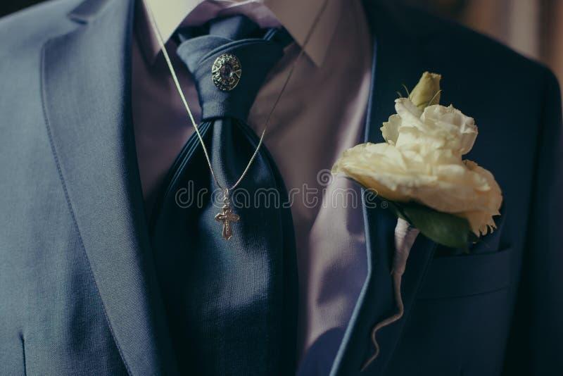 Marito del vestito da sposa immagini stock