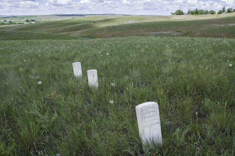 Markörer visar var USA-soldater avverkar under striden av Little Bighorn royaltyfria bilder
