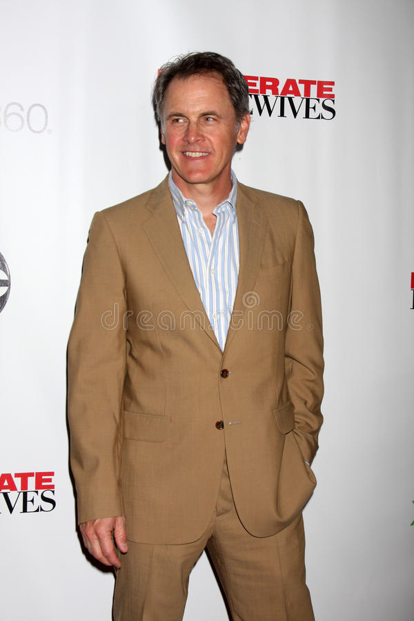Download Mark Moses arrives at the editorial photo. Image of desperate - 25284251