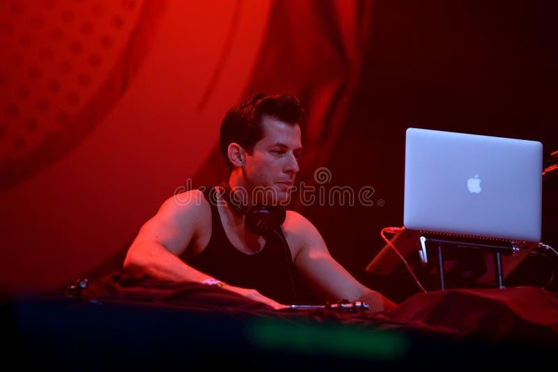Mark Ronson (faixa) no concerto no festival FIB imagem de stock