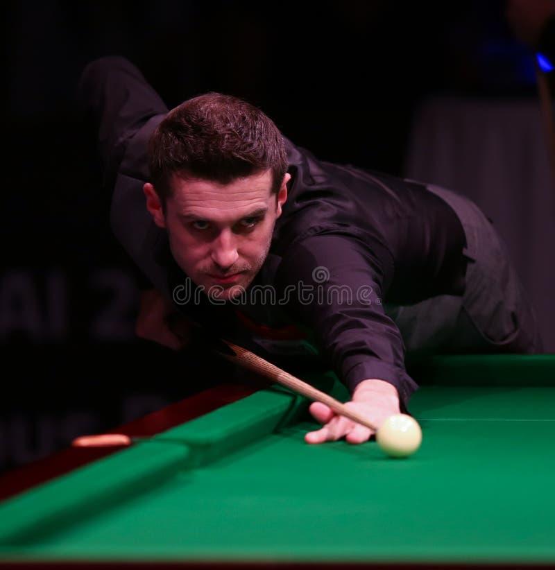 Mark Selby spielt freundliches Turnier in Bukarest lizenzfreie stockfotos