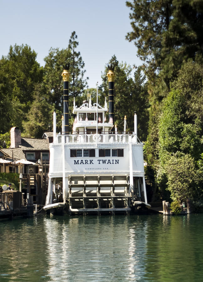 Download Mark Twain Disneyland California Editorial Stock Photo - Image of space, ride: 20086283