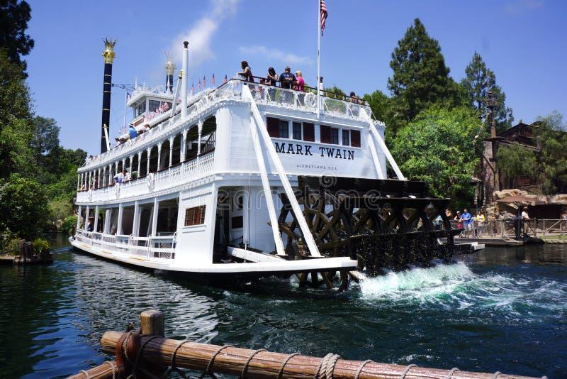 Mark Twain Steamboat Disneyland imagen de archivo