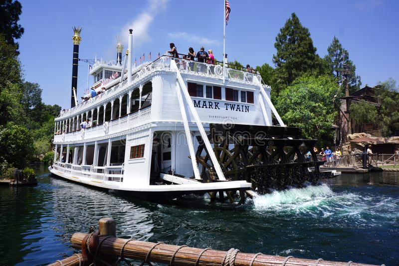 Mark Twain Steamboat Disneyland stock afbeelding