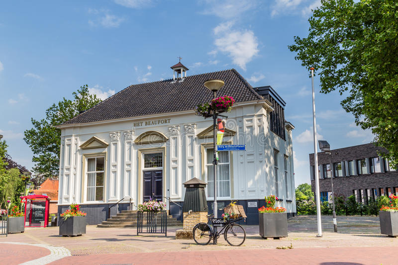 MARKELO, NETHERLANDS - JUNE 3, 2016: Beaufort House in Markelo. White historic Beaufort House in Markelo, Netherlands royalty free stock photo
