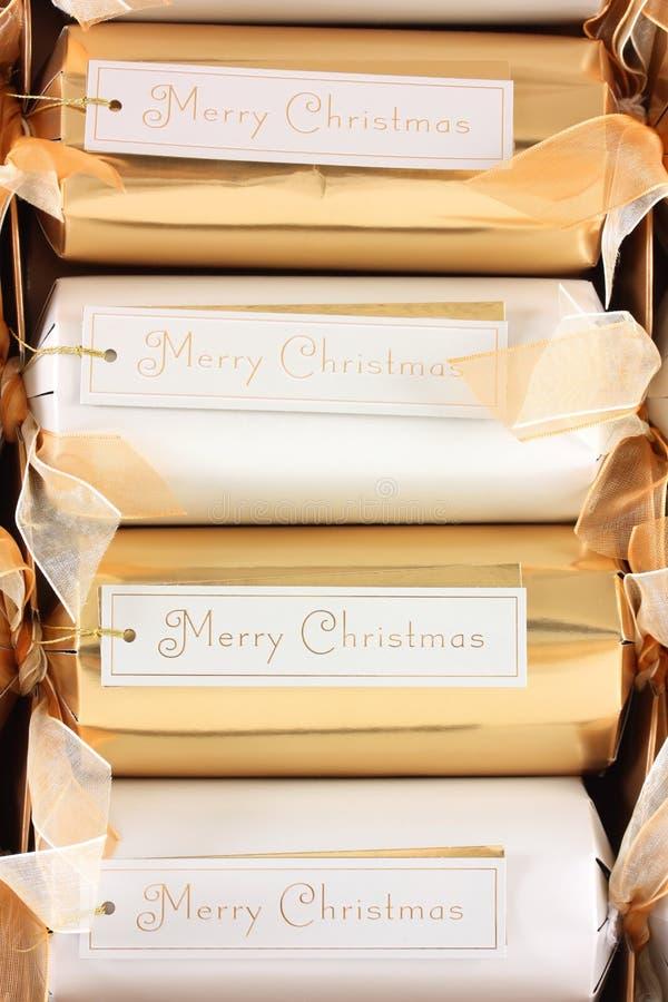 Marken der frohen Weihnachten auf Crackern stockfoto
