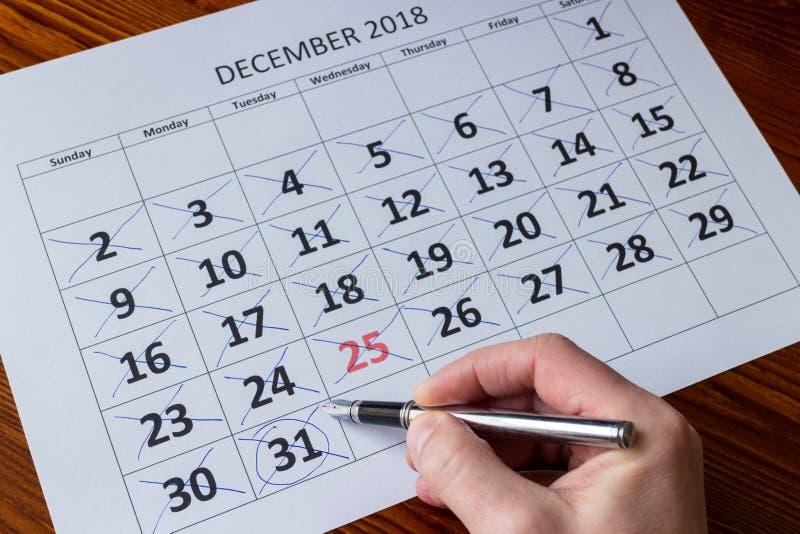 Markera dagar i december, slut av årsbegreppet arkivbild