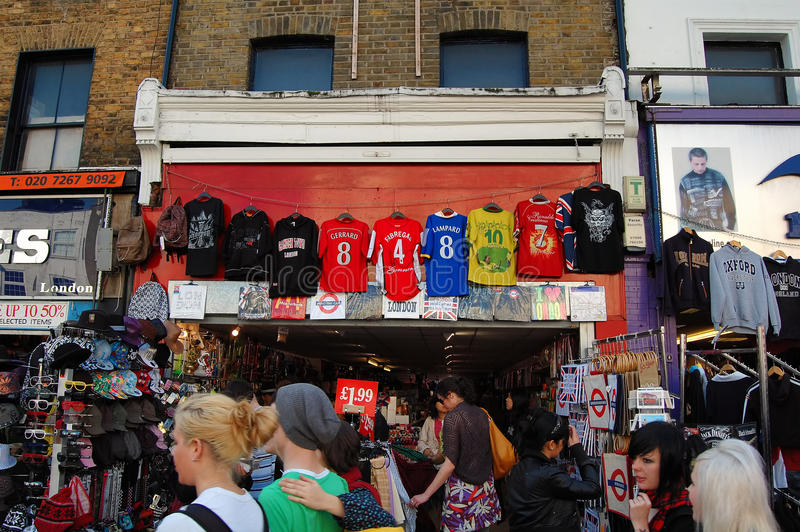 Download The Market At Camden Town In London Editorial Stock Photo - Image: 26051243