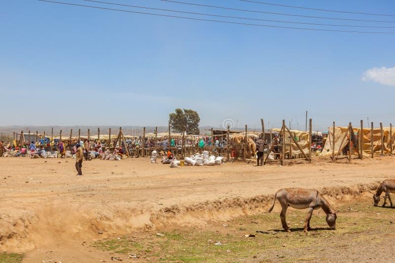 Market Place em Kenya rural fotografia de stock