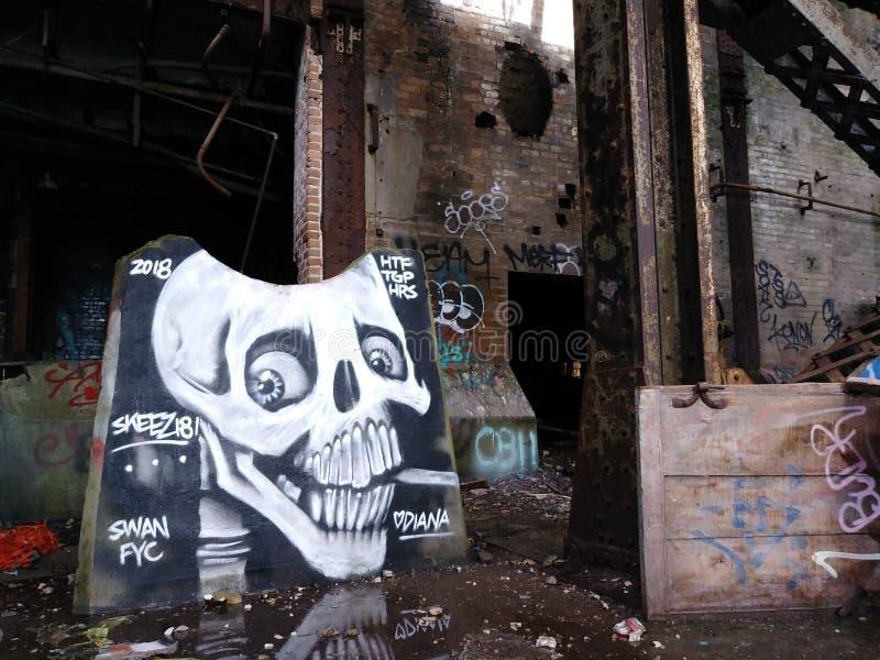 Market Street New Orleans ha abbandonato una volta la fonte di energia della centrale elettrica per l'intera città fotografia stock libera da diritti