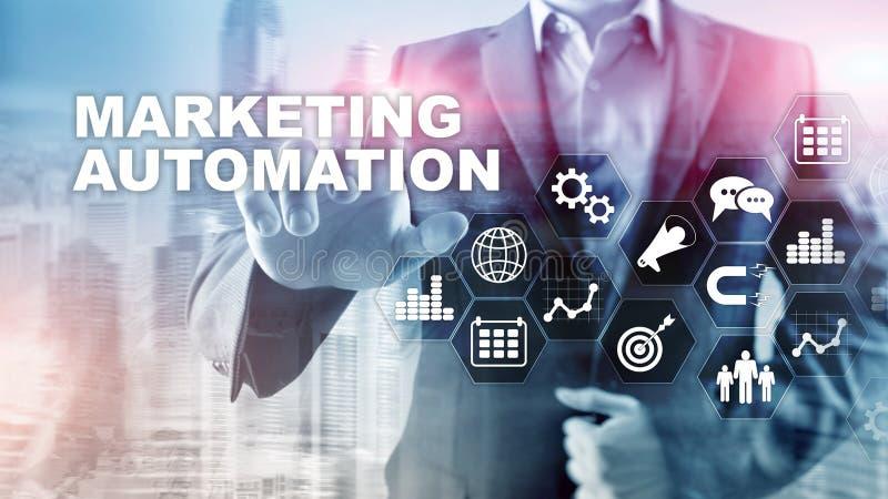 Marketingowego automatyzacji oprogramowania technologii procesu systemu Internetowy Biznesowy poj?cie Mieszany medialny t?o obrazy stock