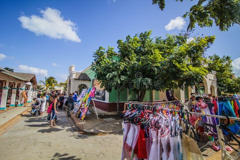 Marknaden för turister kallade Pueblo i Kuba royaltyfri bild