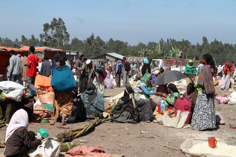 Marknadsdag på Awassa i Etiopien fotografering för bildbyråer