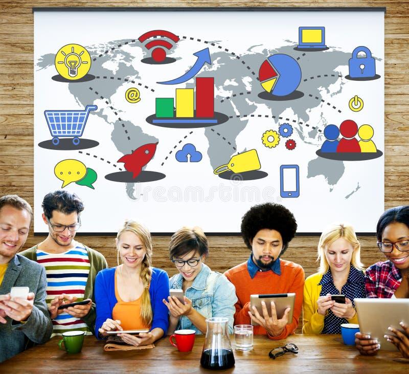Marknadsföringsstrategi som brännmärker det kommersiella annonseringplanet Concep royaltyfria foton