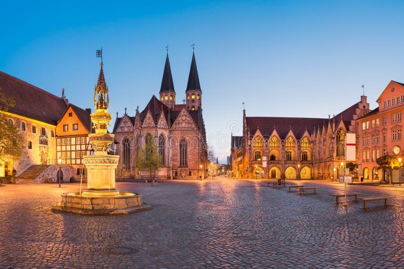 Marknadsfyrkant i Brunswick Braunschweig, Tyskland fotografering för bildbyråer