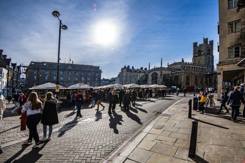 Marknadsplats på Cambridge, Cambridgeshire, England royaltyfri fotografi