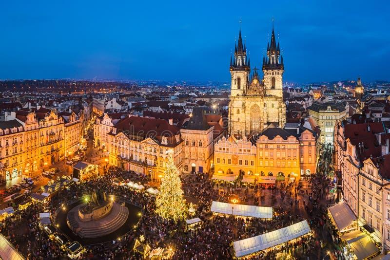 marknadsprague för jul tjeckisk republik royaltyfria bilder