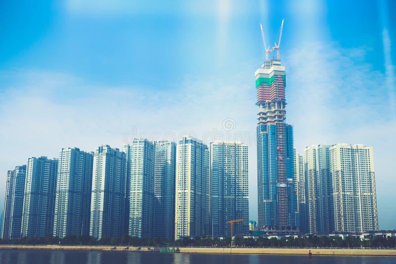 Markstein 81 ist ein super-hoher Wolkenkratzer z.Z. im Bau in Ho Chi Minh City, Vietnam, das von den Briten entworfen wurde stockbild