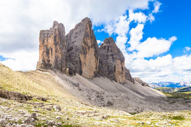 Markstein von Dolomit - Tre Cime di Lavaredo lizenzfreies stockfoto