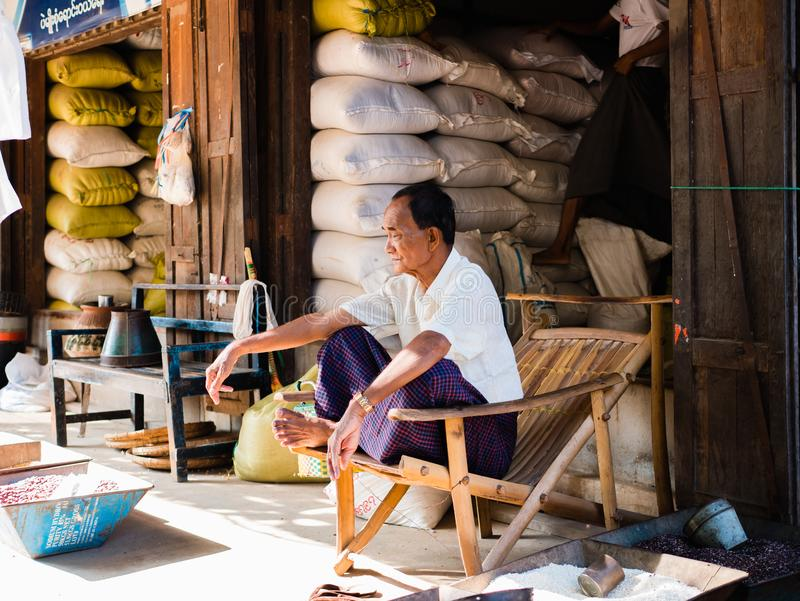 Markt Mani-Sithu in Nyaung-U, Myanmar (Birma) stock foto