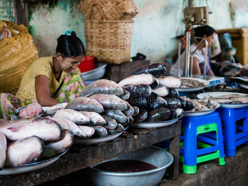 Markt Mani-Sithu in Nyaung-U, Myanmar (Birma) stock afbeelding