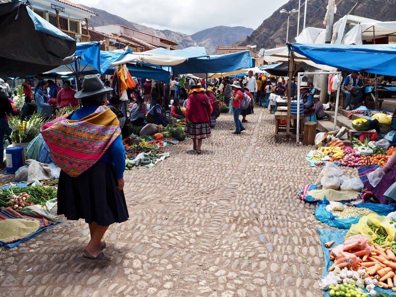 Markt in Pisac, Peru stock foto