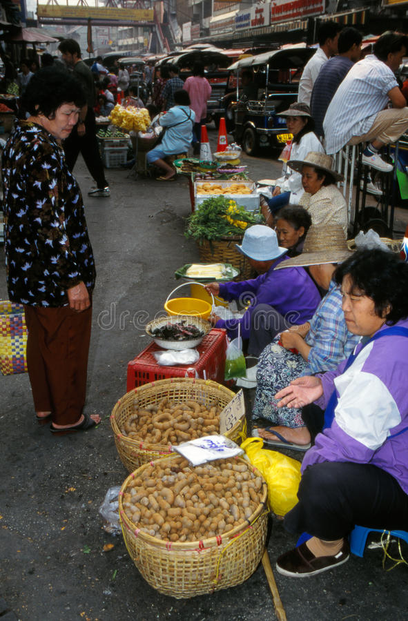 Markt in Thailand. stockfotos