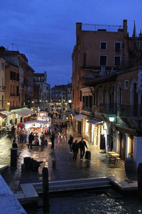 Markteinkaufen in Venedig, Italien lizenzfreie stockfotografie