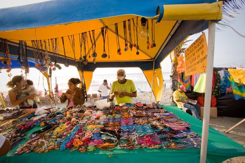 Marktkraam in Pedernales-strand, Manabi, Ecuador stock afbeeldingen