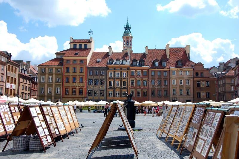 Marktplatz in der alten Stadt in Warschau lizenzfreie stockfotos