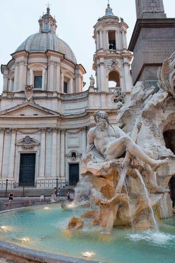 Download Marktplatz Navona, Rom stockfoto. Bild von piazza, architektur - 96932100