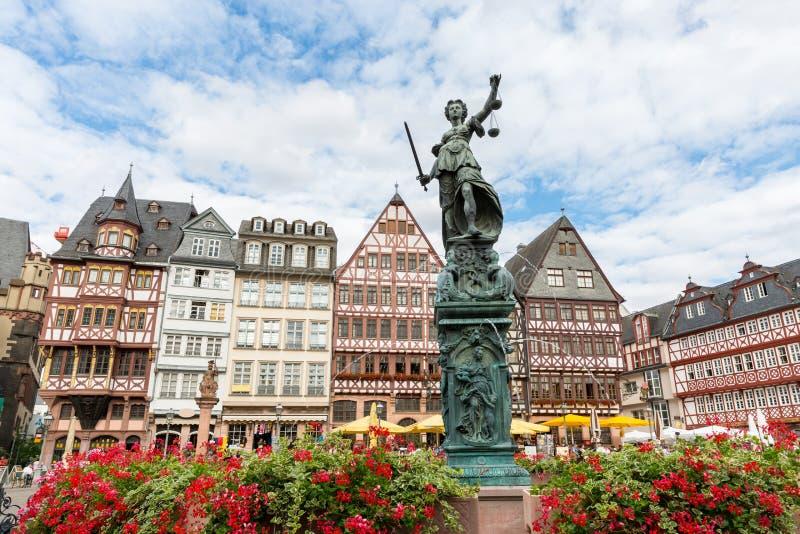 Marktplatz romerberg Frankfurt Deutschland stockfotografie
