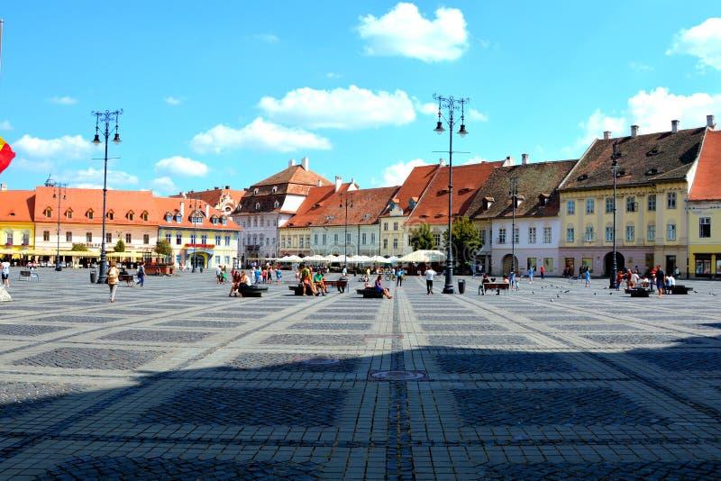 Marktplatz in Sibiu, Europäische Kulturhauptstadt für das Jahr 2007 lizenzfreie stockfotografie