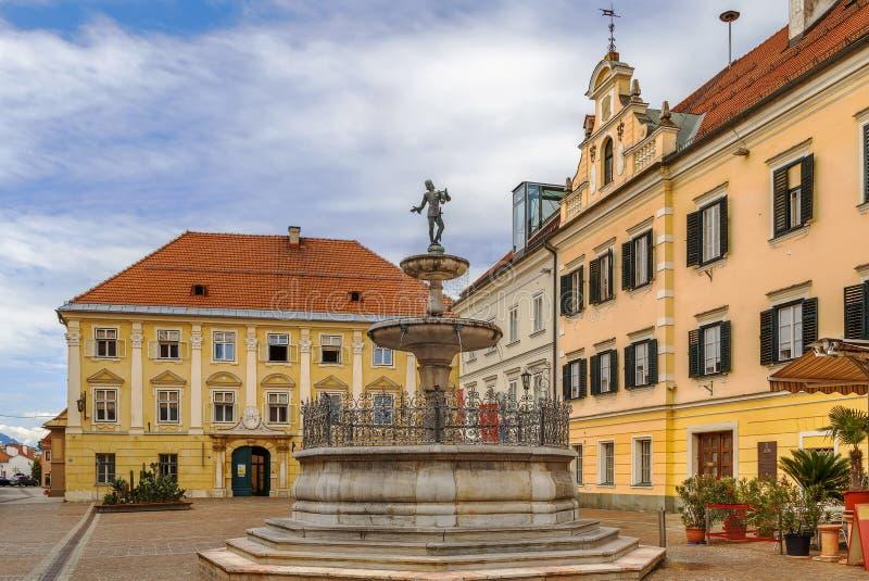 Marktvierkant in Sankt Veit een der Glan, Oostenrijk stock afbeeldingen