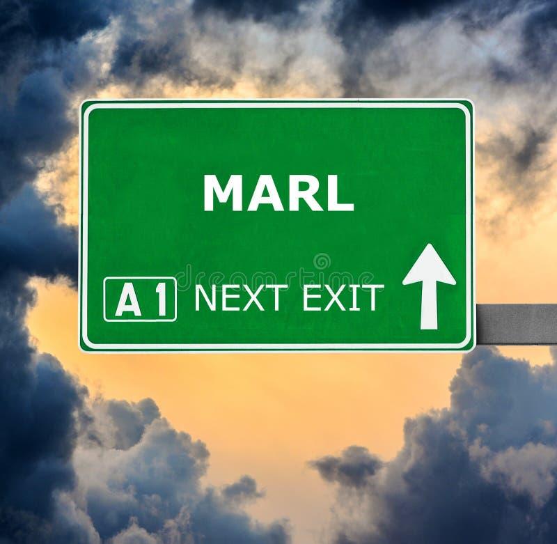 MARL οδικό σημάδι ενάντια στο σαφή μπλε ουρανό στοκ εικόνες