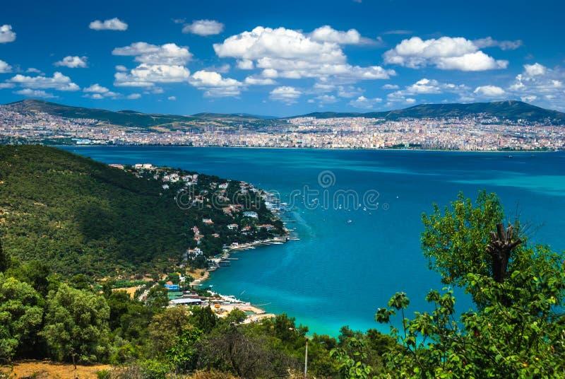 Marmarea-Meer und Istanbul, die Türkei stockfotografie