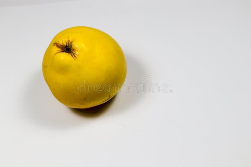 Marmelo amarelo para a dieta fotos de stock