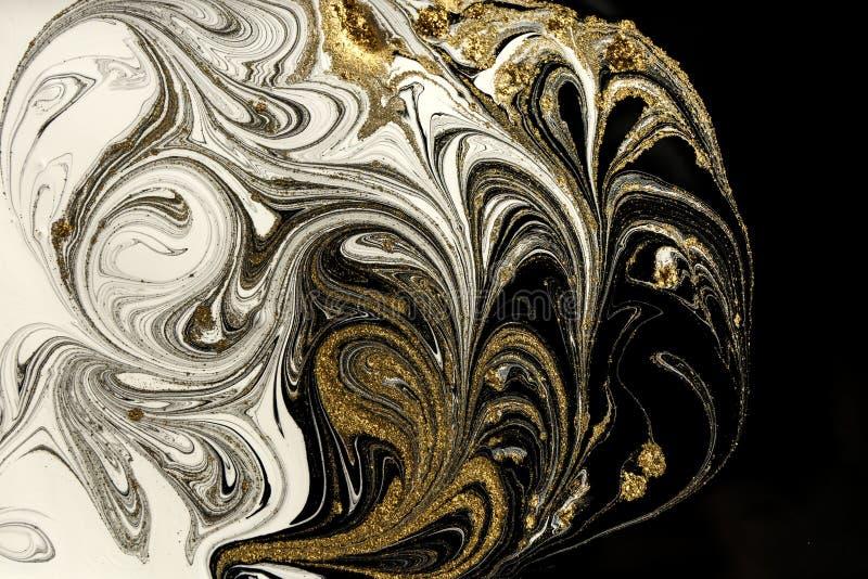 Marmeren abstracte acrylachtergrond De textuur van het marmeringskunstwerk Het patroon van de agaatrimpeling Gouden poeder royalty-vrije stock foto's
