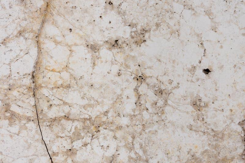 marmeren muur lichte textuur met barstenachtergrond stock afbeeldingen