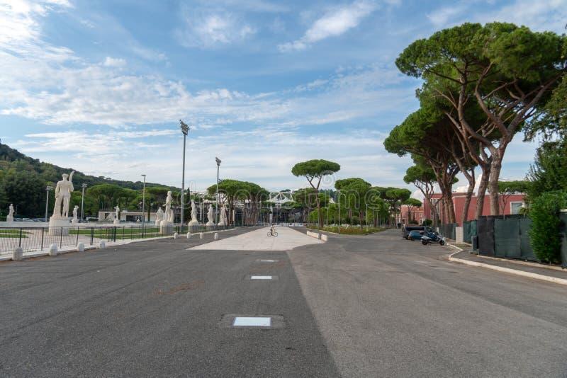 Marmeren standbeelden in Foro Italico, Rome stock foto's