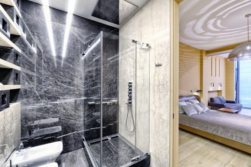 Bagni In Marmo Nero : Bagni marmo di lusso alba chiara bagni marmo idee di del