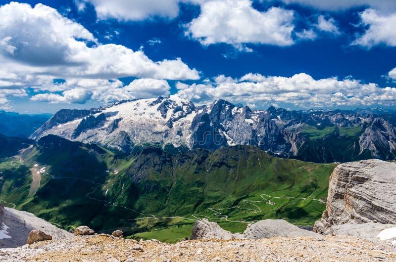Marmolada massiv, Dolomiti, Itay royaltyfri fotografi
