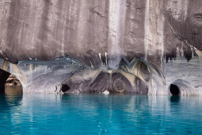 Marmordomkyrkadetalj i sjögeneral Carrera, Chile patagonia arkivfoto