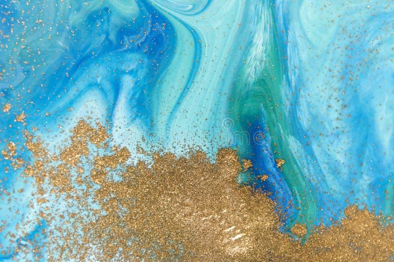 Marmorerad abstrakt bakgrund för gräsplan och för blått med guld- paljetter royaltyfri illustrationer