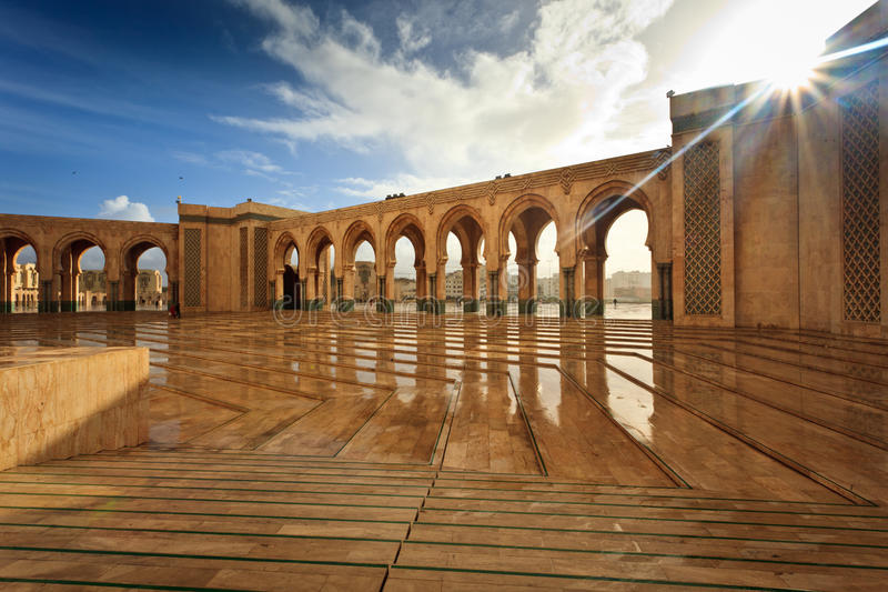 Marmorhof Hamman II der Moschee stockfotografie