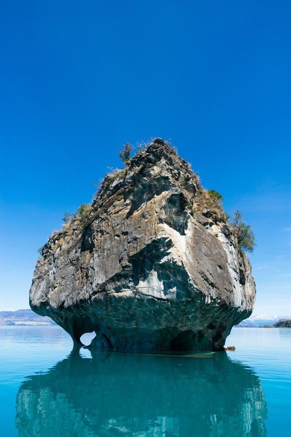 Marmorkapelle bei Rio Tranquilo lizenzfreie stockfotografie