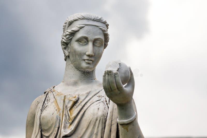 Marmorstaty av den grekiska gudinnan Hera eller arkivbild